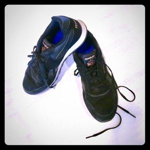 Classic black leather Reebok sneakers, size 9.5.